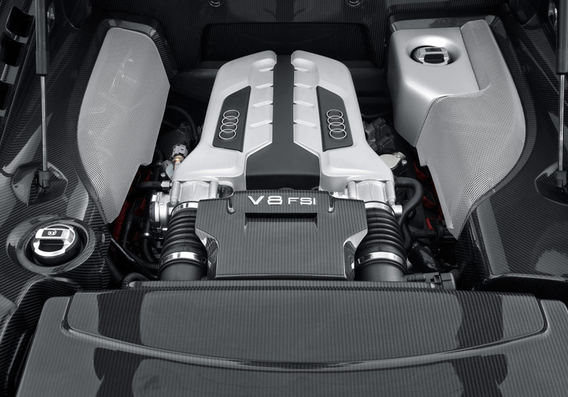 Audi R8 -  Engine compartment
