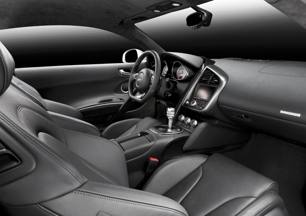 Audi R8 Interior Automatic Audi R8 - Interior