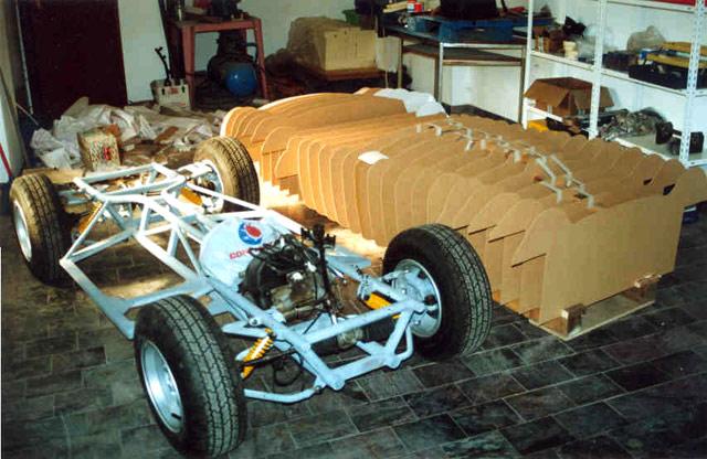Réve d'enfant - Page 2 Cobra-kids-car-chassis-lg