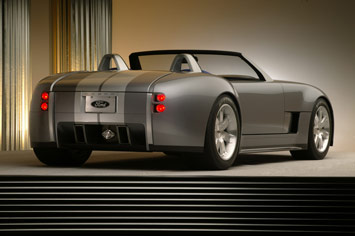 http://www.carbodydesign.com/archive/2007/11/20-ford-shelby-cobra-concept/Ford-Shelby-Cobra-Concept-4.jpg