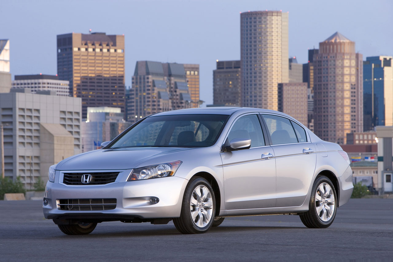 Honda Accord  2010 Car Picture