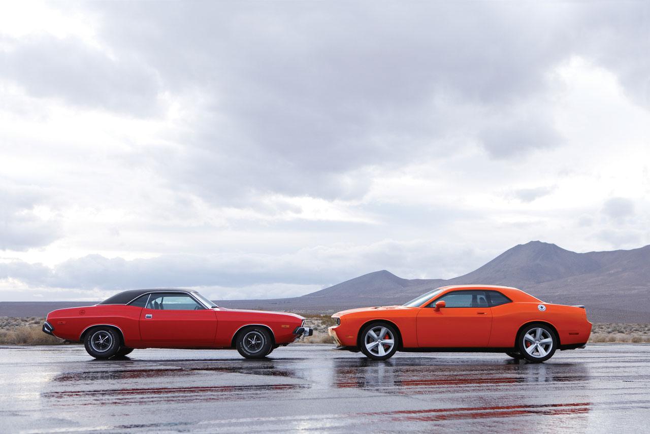 Dodge-Challenger-SRT8-29.jpg
