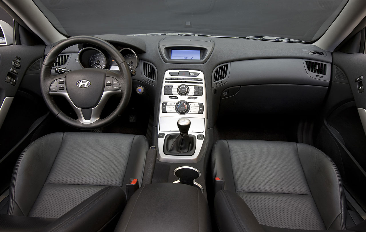 Hyundai-Genesis-Coupe-4-lg.jpg