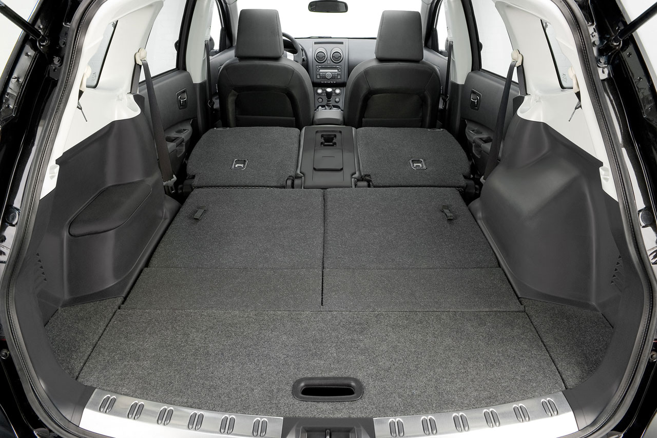 Nissan Qashqai 2 Car Body Design