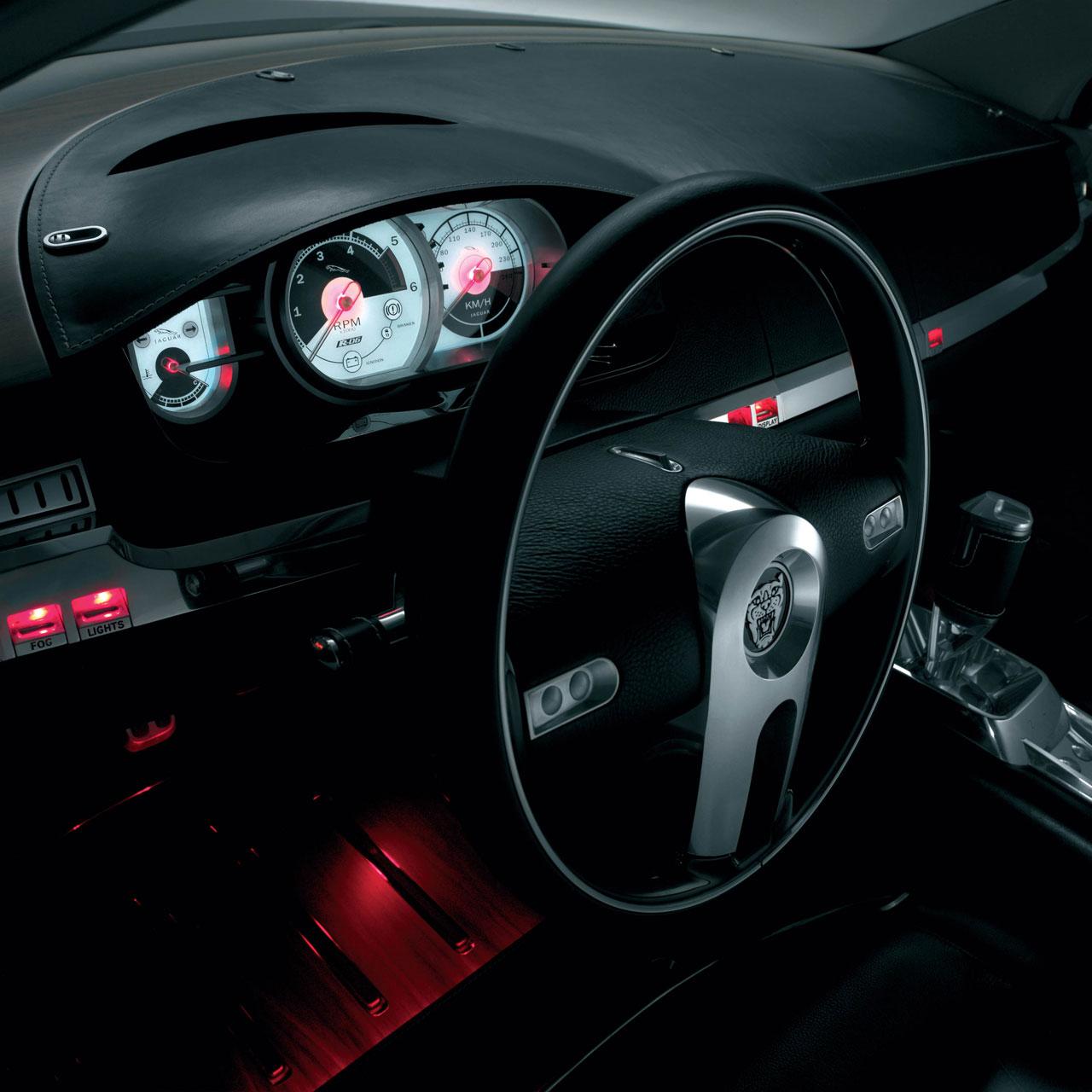 2003 Jaguar X Type Interior: Jaguar R-D6 Concept (2003)