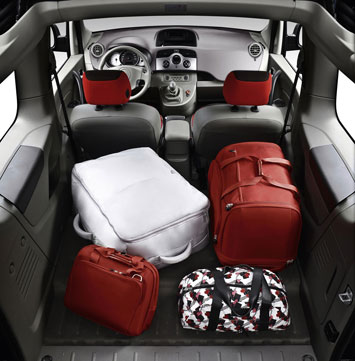 Renault Kangoo Be Bop - Interior Passengers can access the rear seats in one