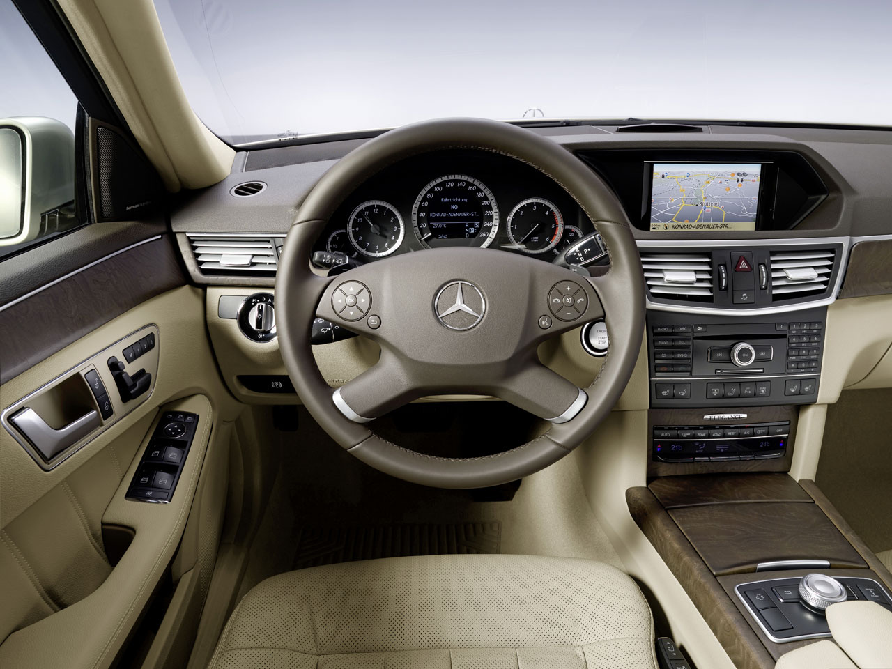 Mercedes benz new e class interior car body design for Mercedes benz e class interior