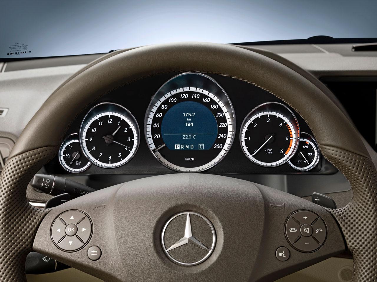 Mercedes benz e class coupe interior car body design - Mercedes e coupe interior ...