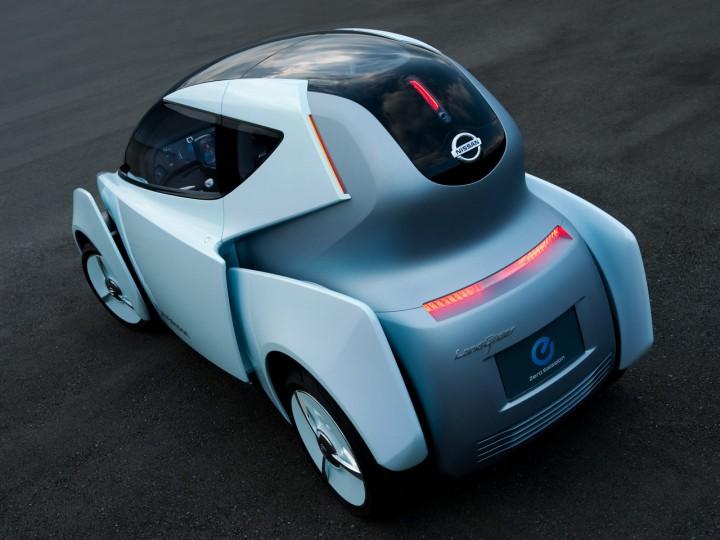 Nissan Land Glider Concept Car Body Design