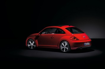 VW New Beetle - Studio Shot