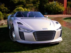 Audi e-tron-Spyder Concept: new video
