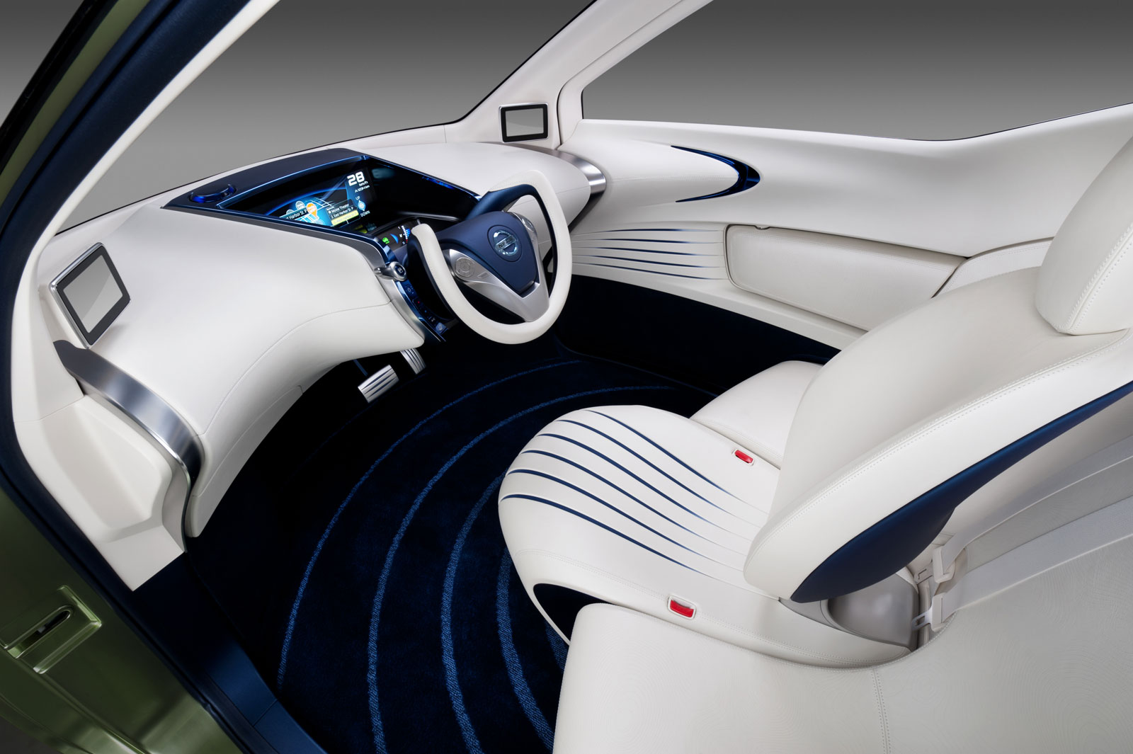 Nissan pivo 3 concept car body design for Interior design concept package