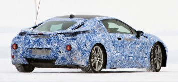 BMW i8 spy shot