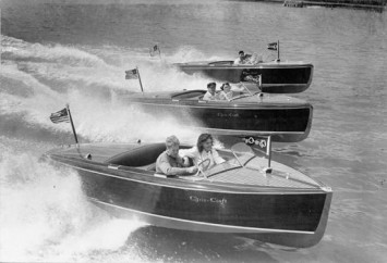 Chris Craft Boats
