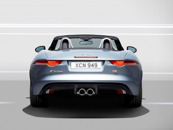 05 Jaguar F Type Rear View 355X266