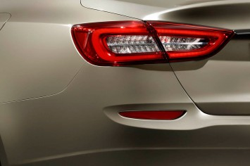 maserati-quattroporte-tail-light