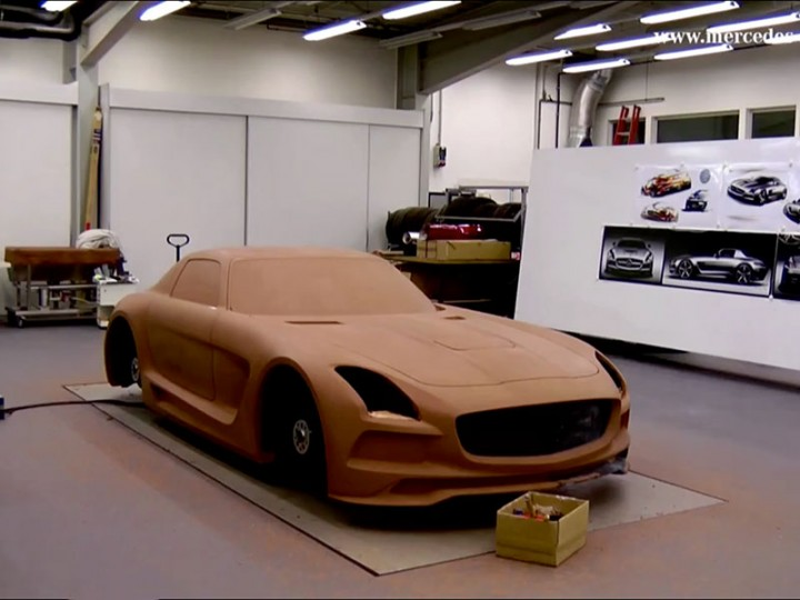 Mercedes-Benz SLS AMG Black Series: Clay Modeling video