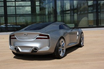 Qoros Flagship Concept - Scale Model