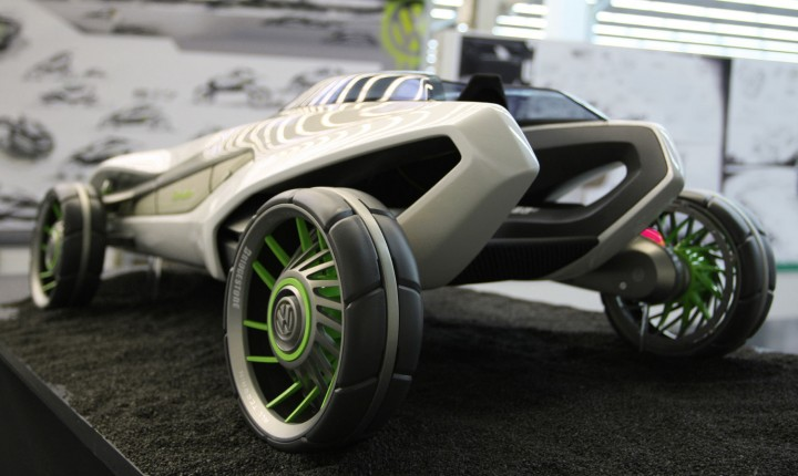 Volkswagen Tundra in Motion Scale model