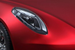 Alfa Romeo 4C Concept - Headlight detail
