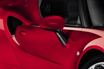 Alfa Romeo 4C - Side mirror detail