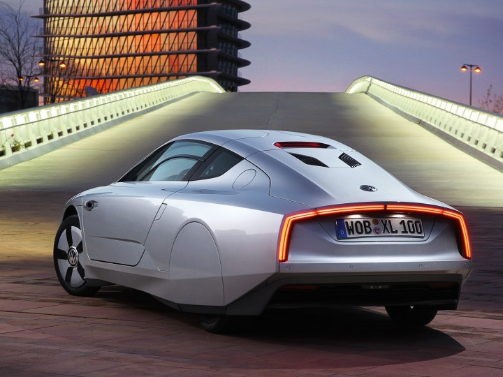 Volkswagen XL1 confirmed for production