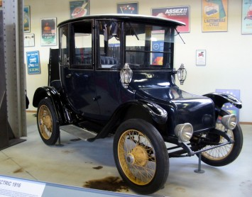 1916 Detroit Electric