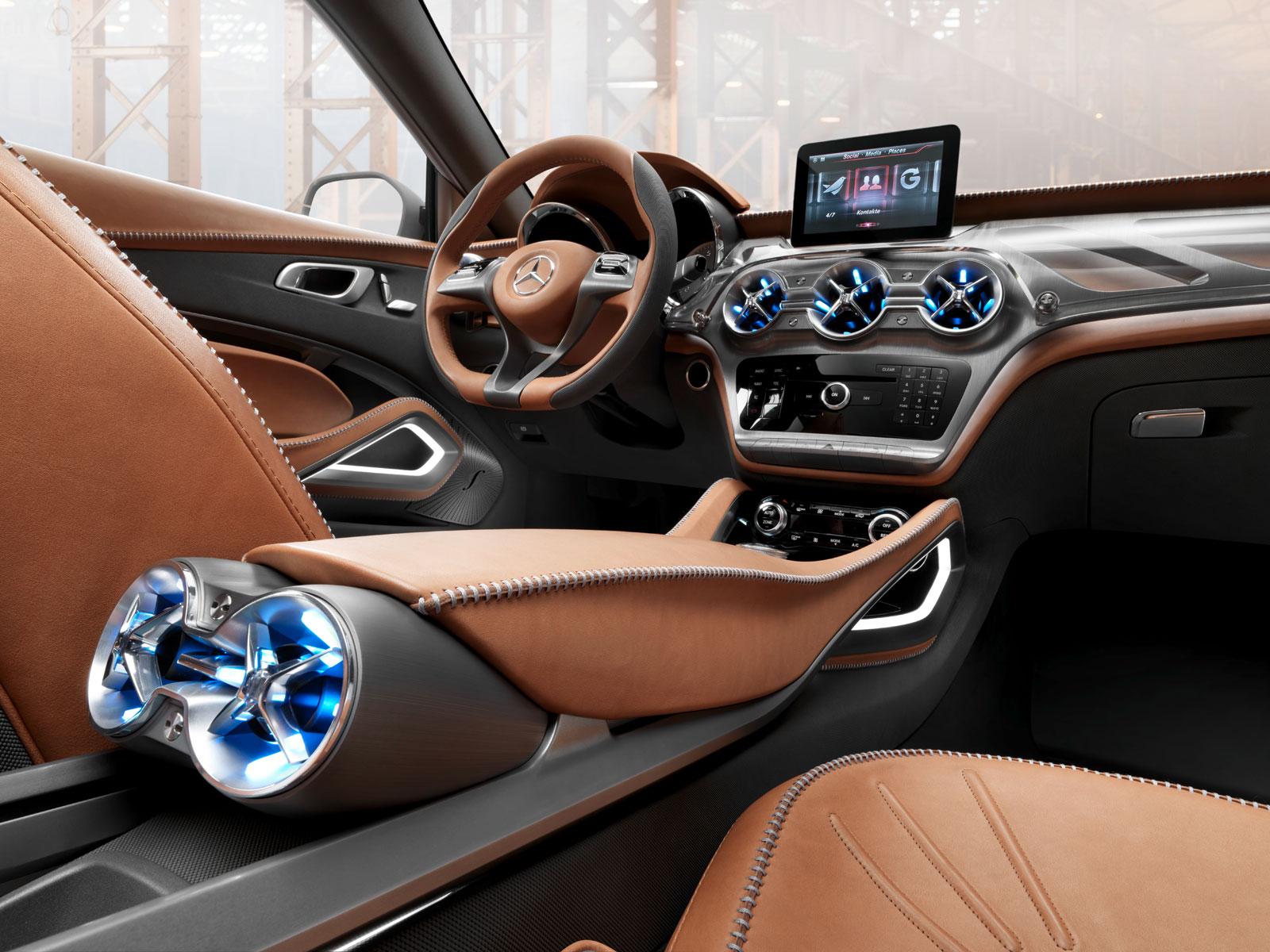 Mercedes-Benz Concept GLA Interior - Car Body Design