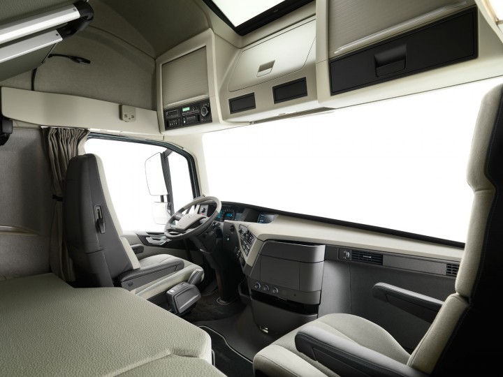 the gallery for volvo truck interior 2013