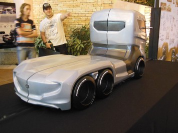 Mercedes-Benz Axor Truck Concept Final scale model