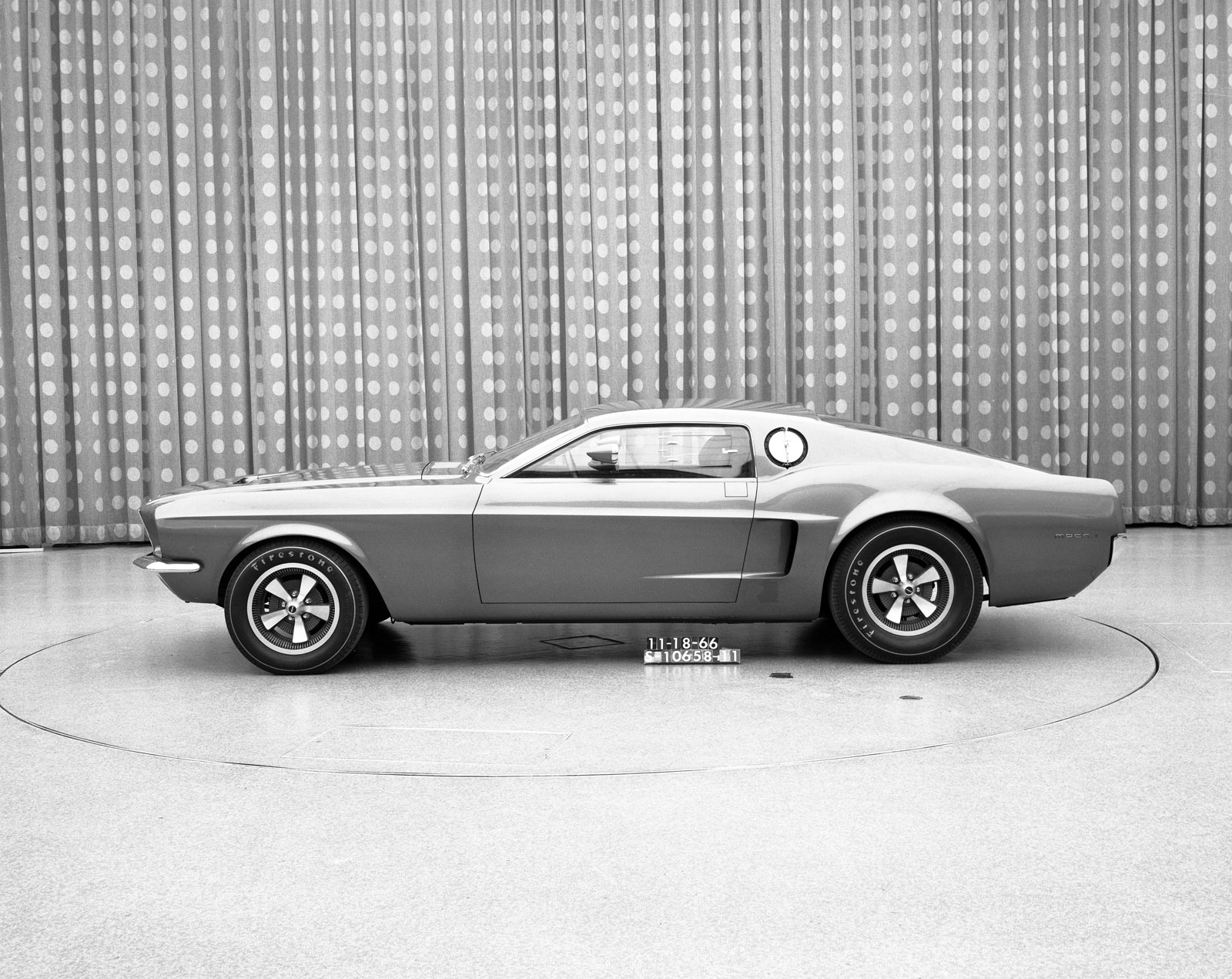 1966 Ford Mustang Mach 1 Concept - Car Body Design