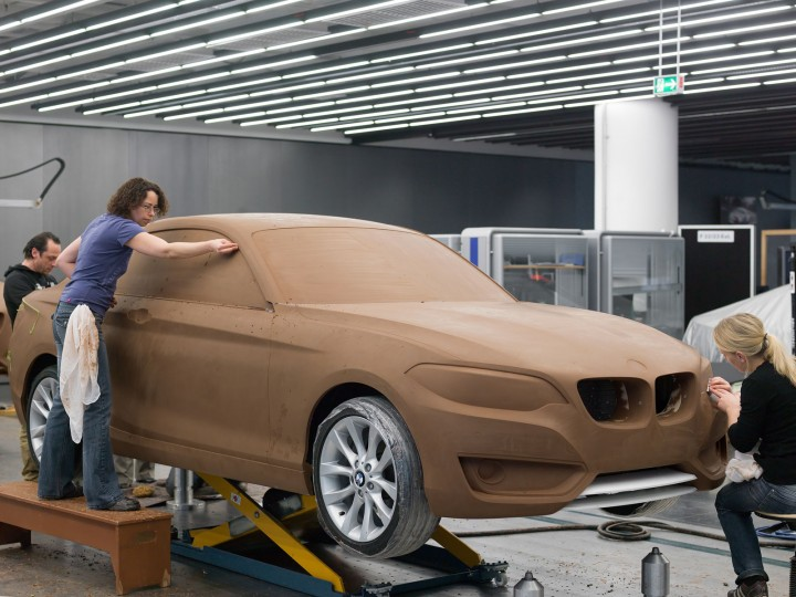 Bmw reveals the new 2 series coupe car body design for Coupe architecture