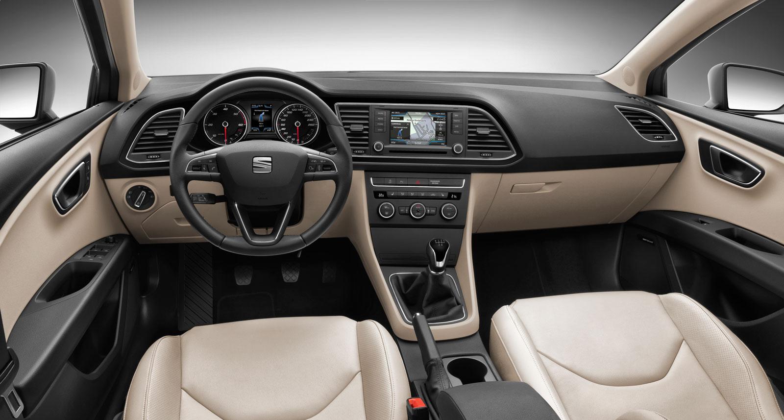 SEAT Leon ST Interior - Car Body Design