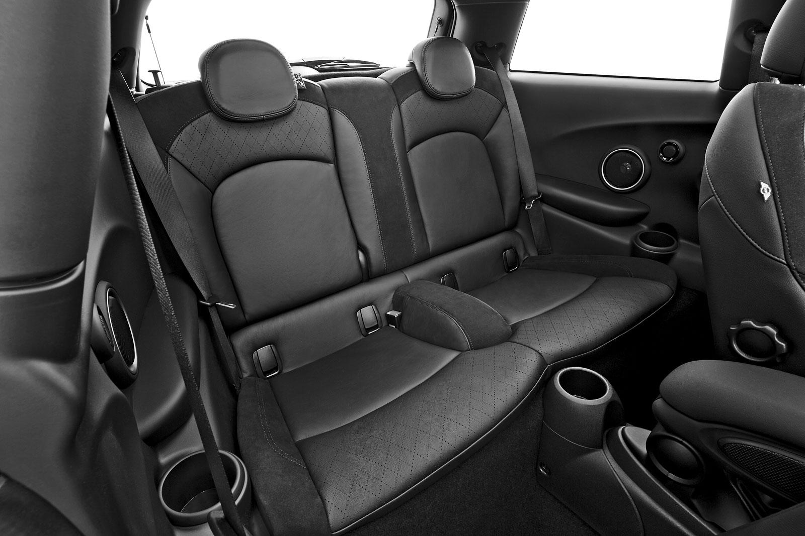 The new MINI Cooper S - Interior - Car Body Design