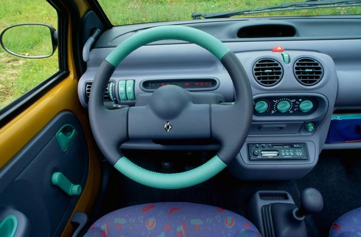 renault twingo celebrates 20 years car body design. Black Bedroom Furniture Sets. Home Design Ideas