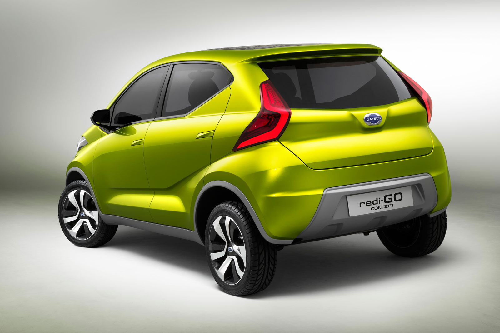 Datsun redi-GO Concept - Car Body Design