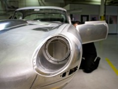Jaguar to create six Lightweight E-Type reproductions