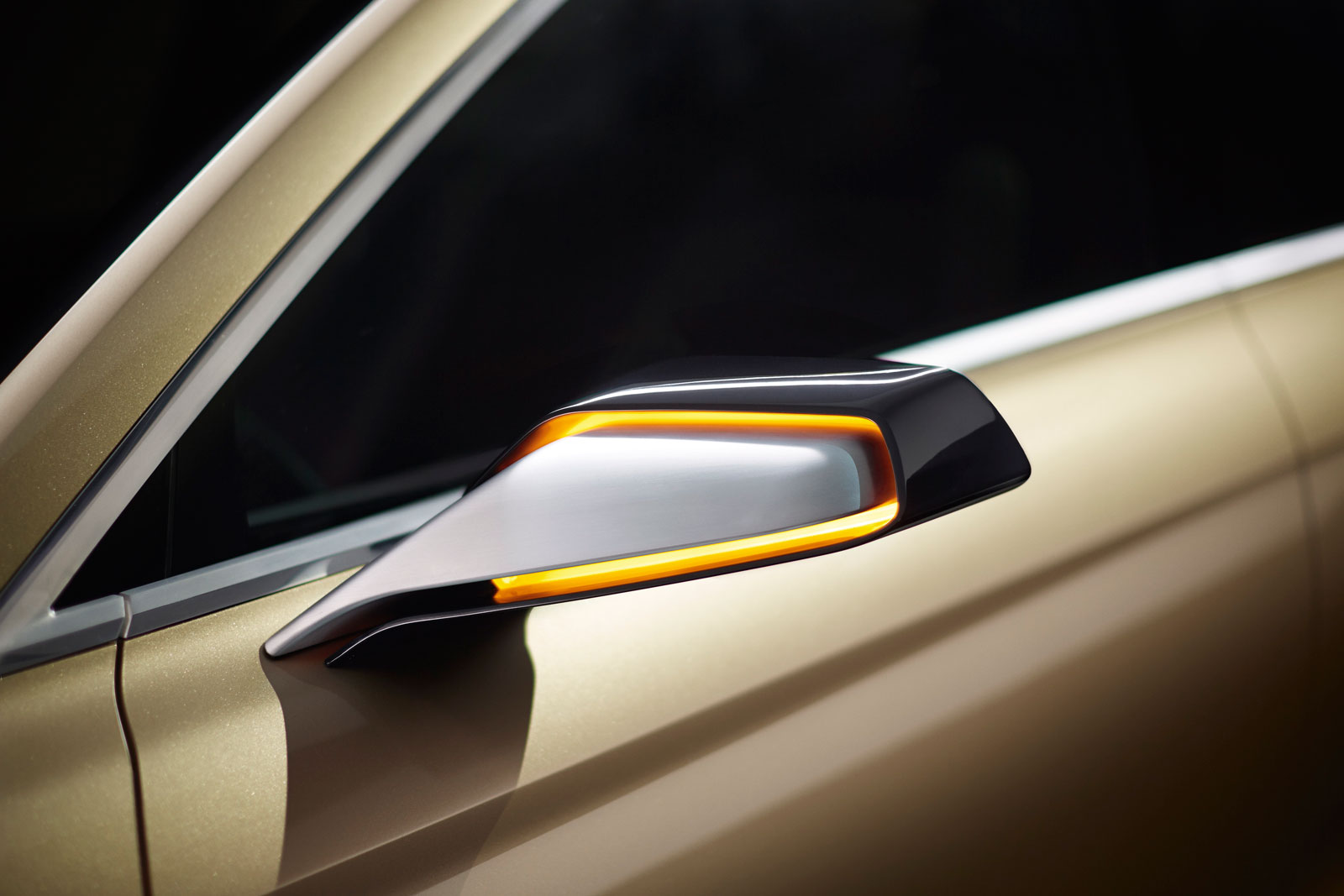 http://www.carbodydesign.com/media/2014/05/Lincoln-MKX-Concept-Side-Mirror-01.jpg