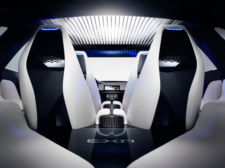 Jaguar C-X17 wins interior design award - Car Body Design