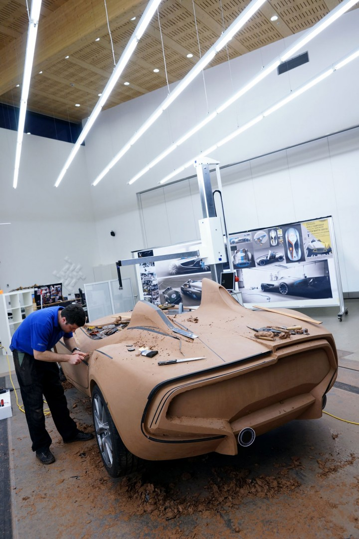 Aston Martin Looking For Clay Sculpting Apprentices Car Body Design - Aston martin jobs