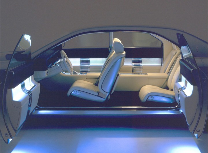 concept cars on auction 2002 lincoln continental car body design. Black Bedroom Furniture Sets. Home Design Ideas