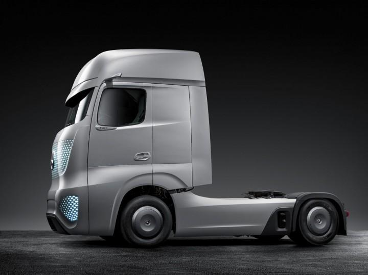 Pictures Of Future Trucks: Mercedes-Benz Future Truck 2025 Concept