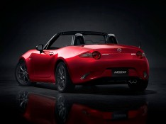 New-Mazda-MX--5-three-quarter-rear-view