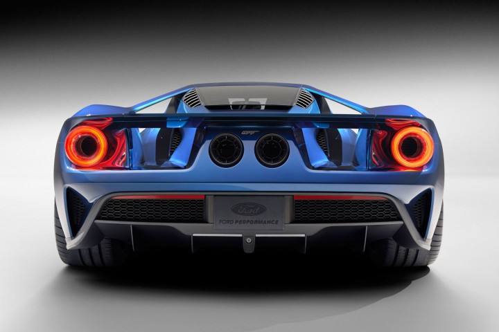 The All New Gt Supercar Features Rear Wheel Drive A Mid Mounted Engine And A Sleek Aerodynamic Two Door Coupe Body Shell