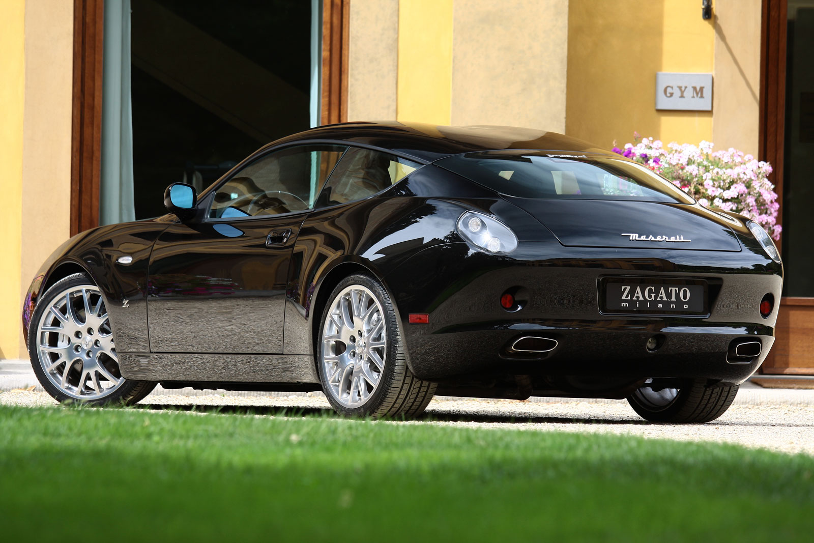 http://www.carbodydesign.com/media/2015/05/2007-Maserati-GS-Zagato-01.jpg