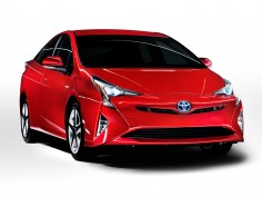 New Toyota Prius gets bolder (and weirder) look