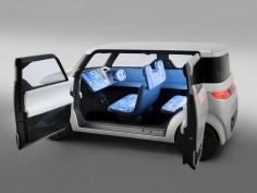 Nissan Teatro for Dayz Concept is the car for digital natives