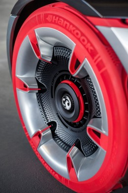 Opel GT Concept - Tire and wheel design