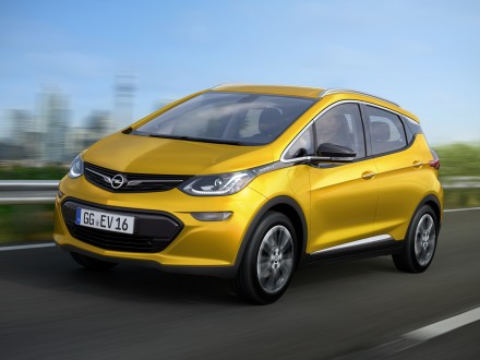 Opel to launch electric Ampera-e in 2017