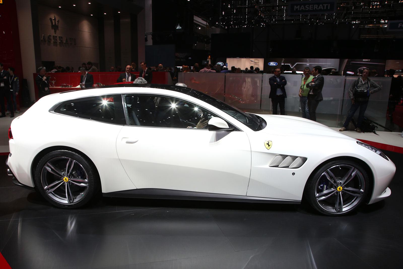 Ferrari GTC4 Lusso at Geneva 2016 - Car Body Design